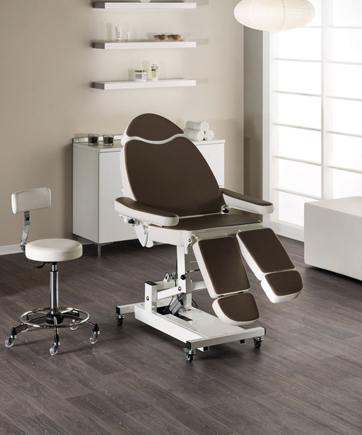 Podo chair for beauty centre: Dallas - Medical & Beauty