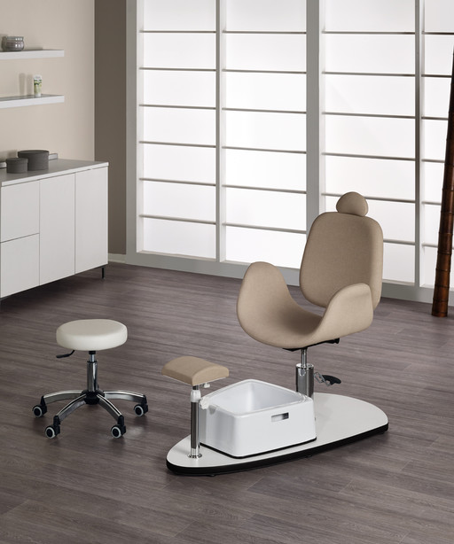 Pedicure chair for beauty centre: Oasis - Medical & Beauty